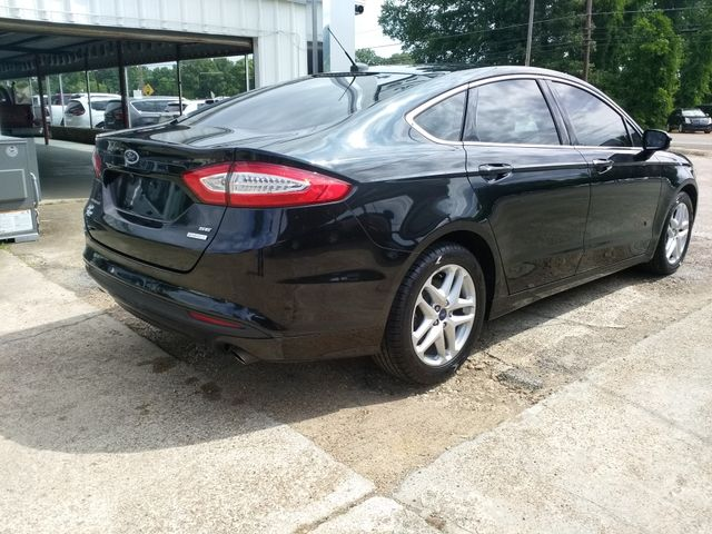 2015 Ford Fusion SE Houston, Mississippi 4