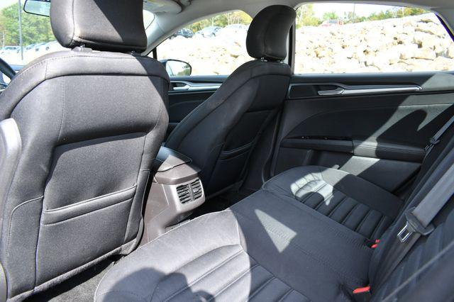 2015 Ford Fusion Hybrid SE Naugatuck, Connecticut 13