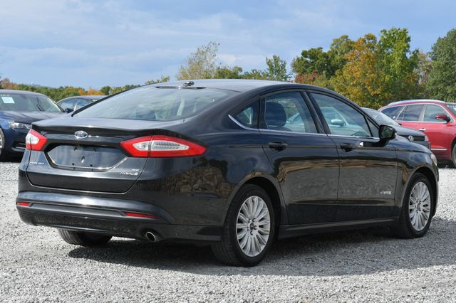 2015 Ford Fusion Hybrid SE Naugatuck, Connecticut 4
