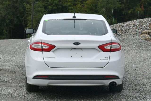 2015 Ford Fusion Hybrid SE Naugatuck, Connecticut 3