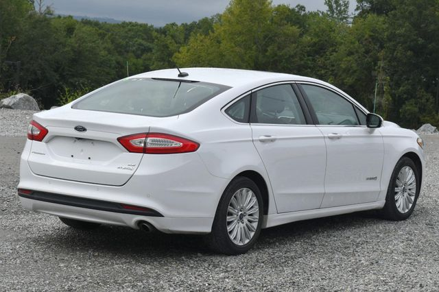 2015 Ford Fusion Hybrid SE Naugatuck, Connecticut 4