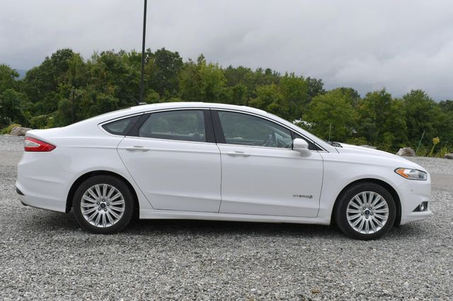 2015 Ford Fusion Hybrid SE Naugatuck, Connecticut 5