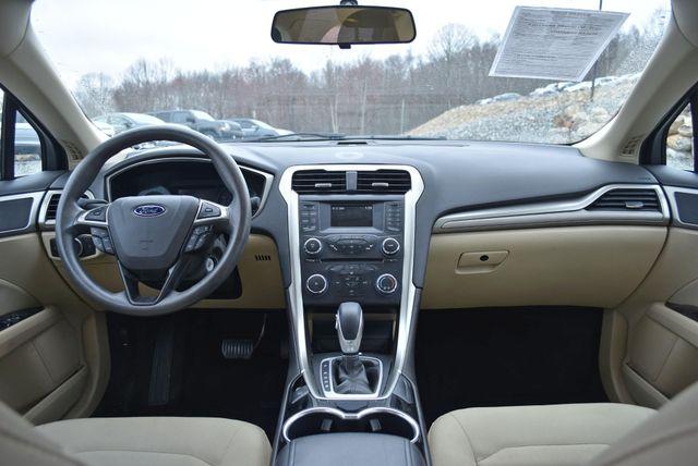 2015 Ford Fusion SE Naugatuck, Connecticut 10
