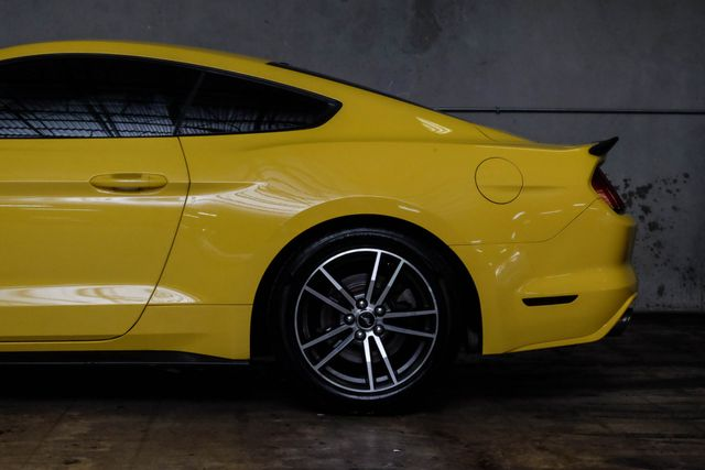 2015 Ford Mustang V6 in Addison, TX 75001