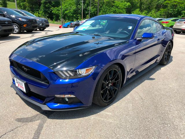 2015 Ford Mustang V6 in Gower Missouri, 64454