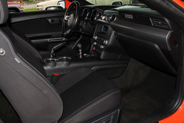 2015 Ford Mustang GT PERFORMANCE PKG - PARK SENSORS - 6SP MANUAL! Mooresville , NC 30