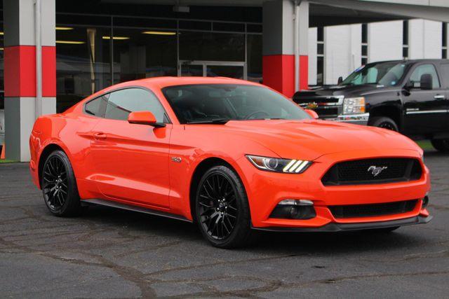 2015 Ford Mustang GT PERFORMANCE PKG - PARK SENSORS - 6SP MANUAL! Mooresville , NC 21