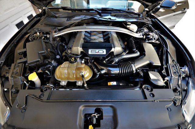 2015 Ford Mustang GT Premium in Reseda, CA, CA 91335