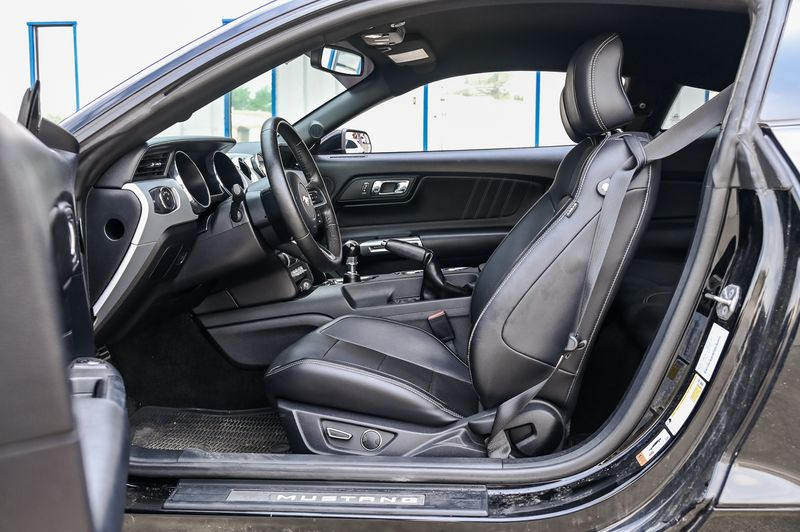 2015 Ford Mustang 5.0L V8 GT PREMIUM 1 OWNER CLEAN CARFAX GOOD MODS in Rowlett, Texas