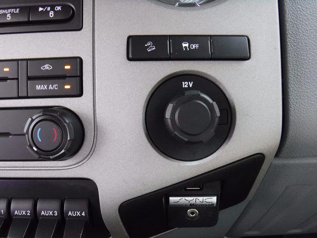 2015 Ford Super Duty F-250 XLT 4X4 in Gower Missouri, 64454