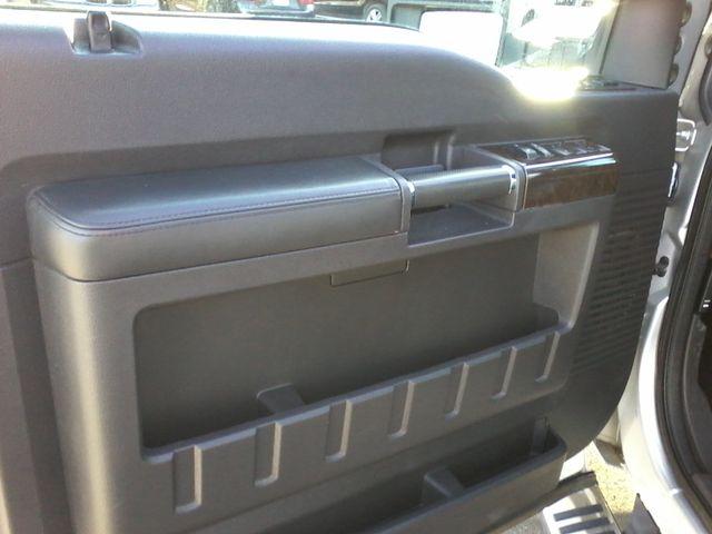 2015 Ford Super Duty F-250 Pickup Platinum 4X4 Boerne, Texas 17