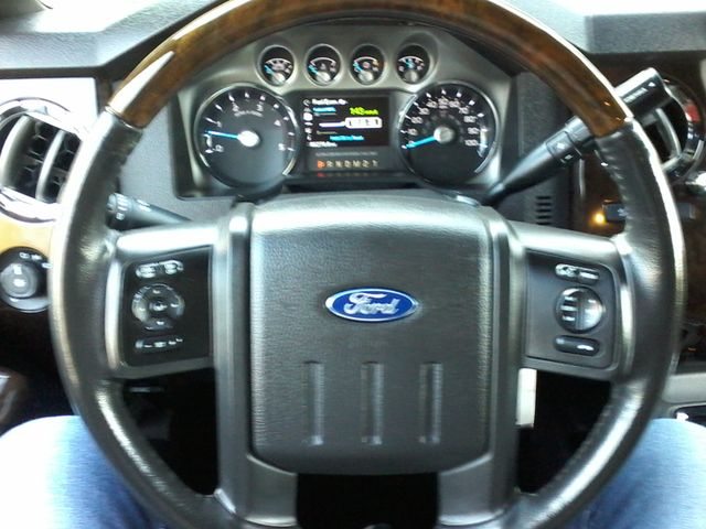 2015 Ford Super Duty F-250 Pickup Platinum 4X4 Boerne, Texas 19