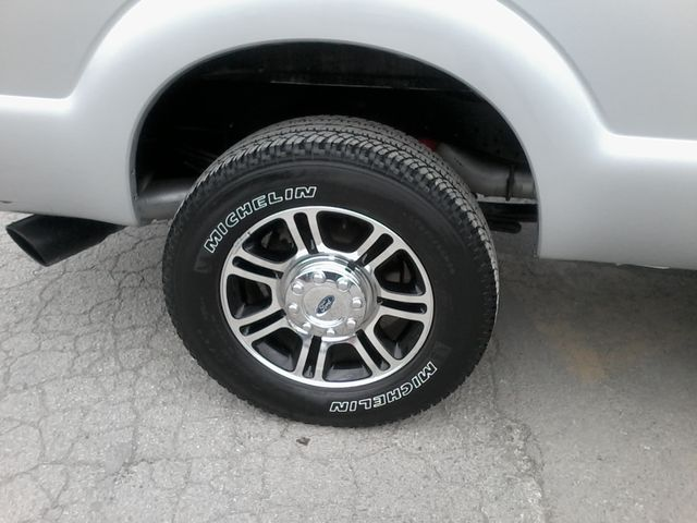 2015 Ford Super Duty F-250 Pickup Platinum 4X4 Boerne, Texas 41