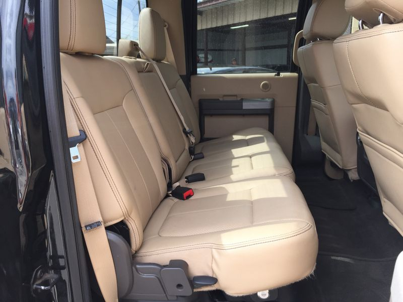 2015 Ford Super Duty F-250 Pickup Lariat  Brownsville TX  English Motors  in Brownsville, TX