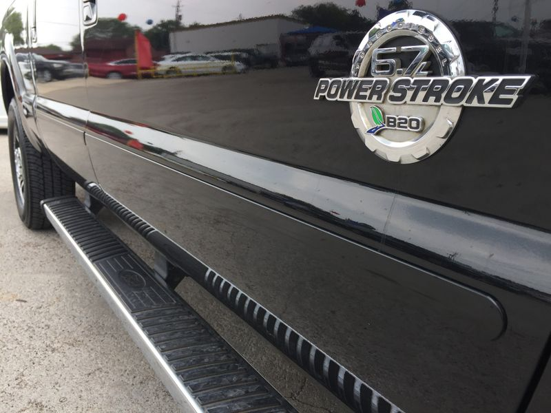 2015 Ford Super Duty F-250 Pickup Platinum  Brownsville TX  English Motors  in Brownsville, TX