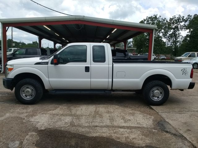 2015 Ford Super Duty F-250 Pickup XL 4x4 Houston, Mississippi 3