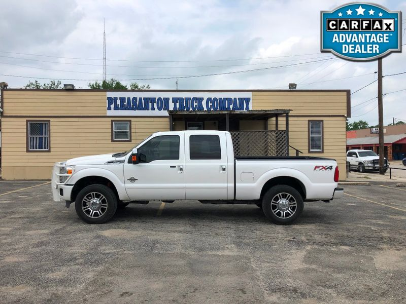 2015 Ford Super Duty F-250 Pickup Platinum | Pleasanton, TX | Pleasanton Truck Company in Pleasanton TX