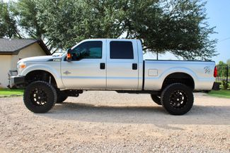 2015 Ford Super Duty F-250 XLT Crew Cab 4X4 6.7L Powerstroke Diesel Auto LIFTED Sealy, Texas 6