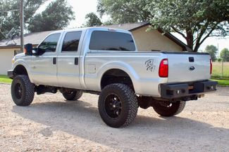 2015 Ford Super Duty F-250 XLT Crew Cab 4X4 6.7L Powerstroke Diesel Auto LIFTED Sealy, Texas 7