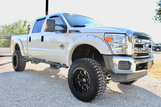 2015 Ford Super Duty F-250 XLT Crew Cab 4x4 6.7L Powerstroke Diesel Auto LIFTED