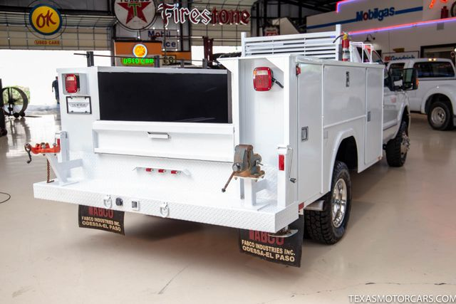 2015 Ford Super Duty F-350 DRW Chassis Cab XL 4x4 in Addison, Texas 75001