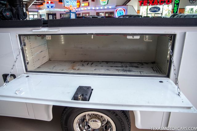 2015 Ford Super Duty F-350 DRW Chassis Cab XL in Addison, Texas 75001