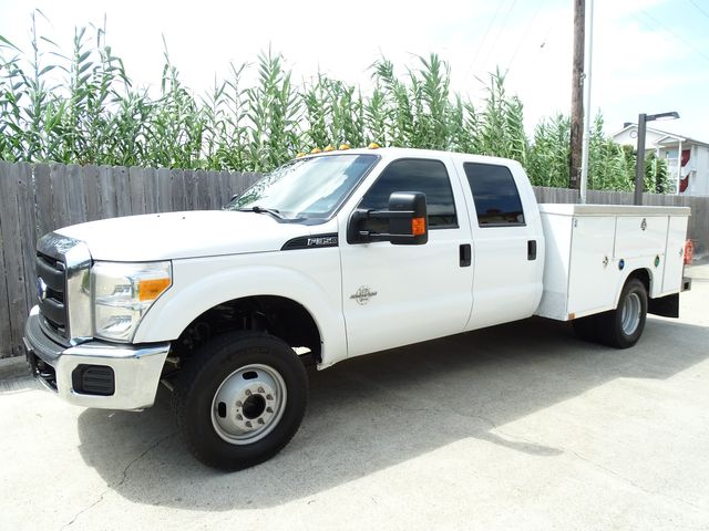 2015 Ford Super Duty F-350 DRW Chassis Cab XL Utility Bed 4x4