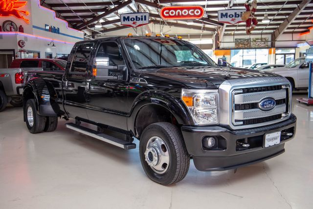 2015 Ford Super Duty F-350 DRW Pickup Platinum 4x4 in Addison, Texas 75001