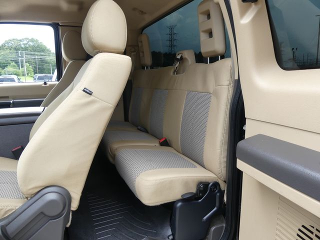 2015 Ford Super Duty F-350 DRW Pickup XLT in Cullman, AL 35058