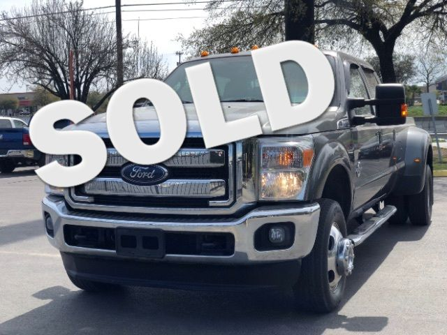 2015 Ford Super Duty F-350 DRW Pickup Lariat