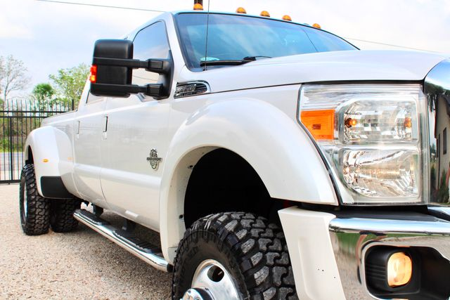 2015 Ford Super Duty F-350 DRW Pickup Lariat Sealy, Texas 2