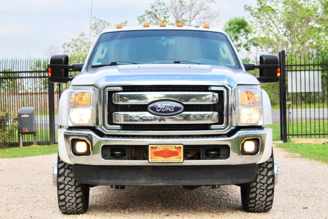 2015 Ford Super Duty F-350 DRW Pickup Lariat Sealy, Texas 3