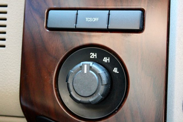 2015 Ford Super Duty F-350 DRW Pickup Lariat Sealy, Texas 77