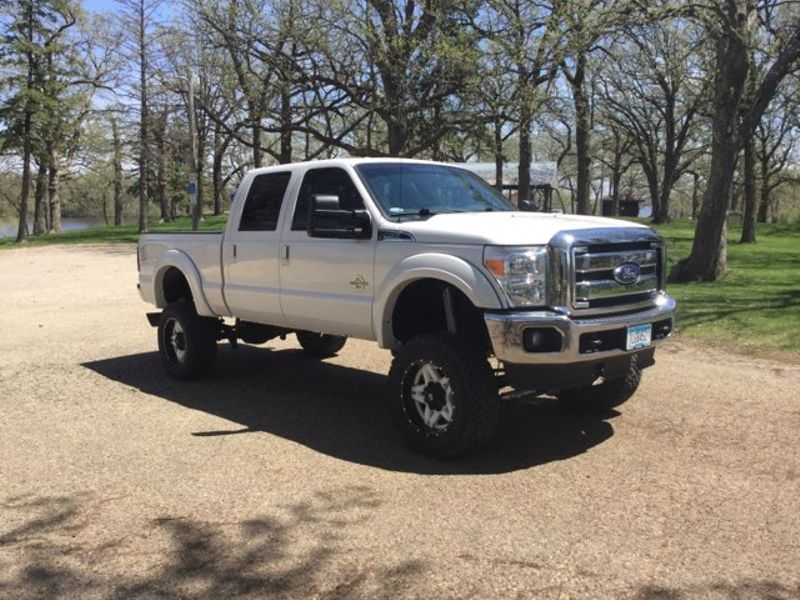 2015 Ford Super Duty F-350 SRW Pickup Lariat  city MN  Elite Motors LLC  in Lake Crystal, MN