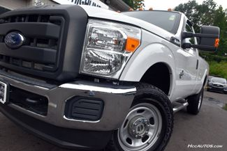2015 Ford Super Duty F-350 SRW 4WD Reg Cab  XLT Waterbury, Connecticut 9