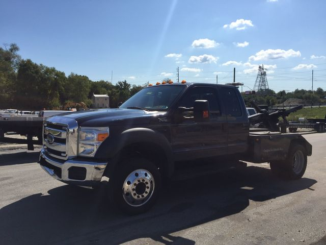 2015 Ford Super Duty F-450 DRW Chassis Cab XL