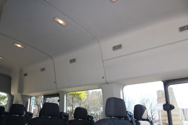 2015 Ford T350 High Roof 13 Passenger Extended Transit Wagon Irving, Texas 18