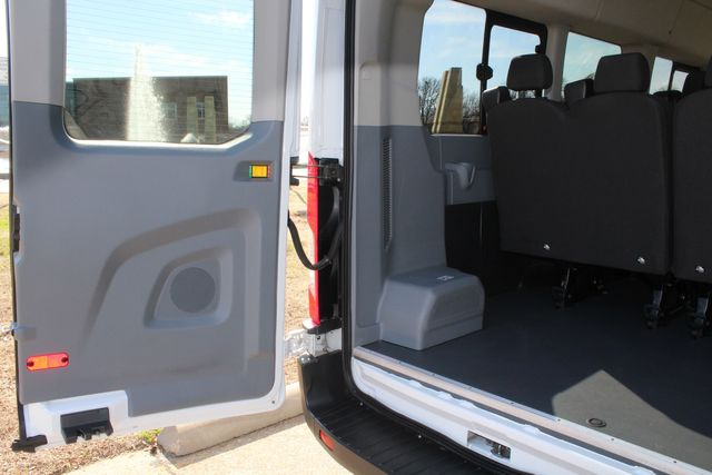 2015 Ford T350 High Roof 13 Passenger Extended Transit Wagon Irving, Texas 43