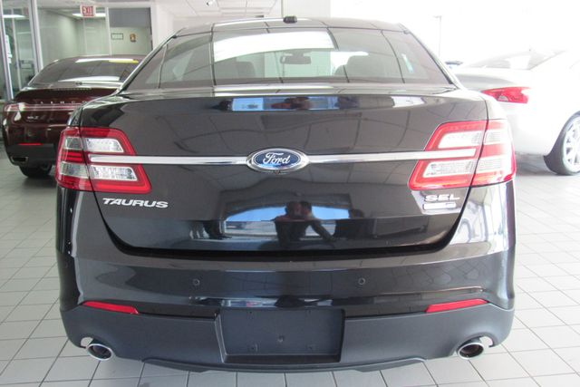 2015 Ford Taurus SEL W/ BACK UP CAM Chicago, Illinois 5