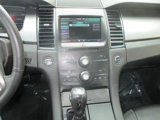 2015 Ford Taurus SEL Farmington, MN 5