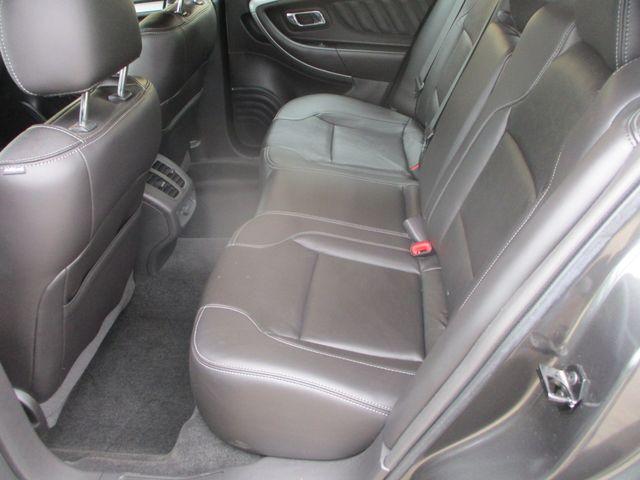2015 Ford Taurus SEL Farmington, MN 3