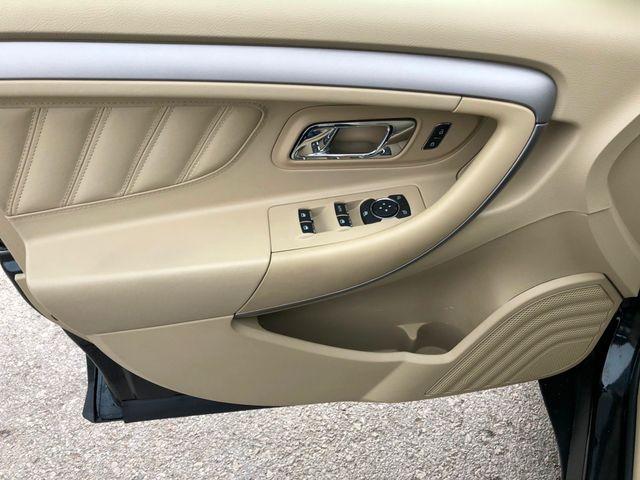 2015 Ford Taurus SEL in Gower Missouri, 64454