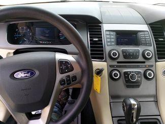 2015 Ford Taurus SE Houston, Mississippi 7