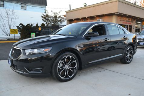 2015 Ford Taurus SHO in Lynbrook, New
