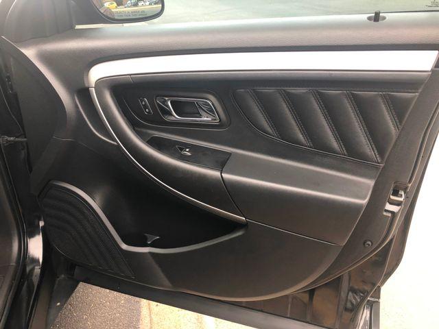 2015 Ford Taurus SEL Maple Grove, Minnesota 17