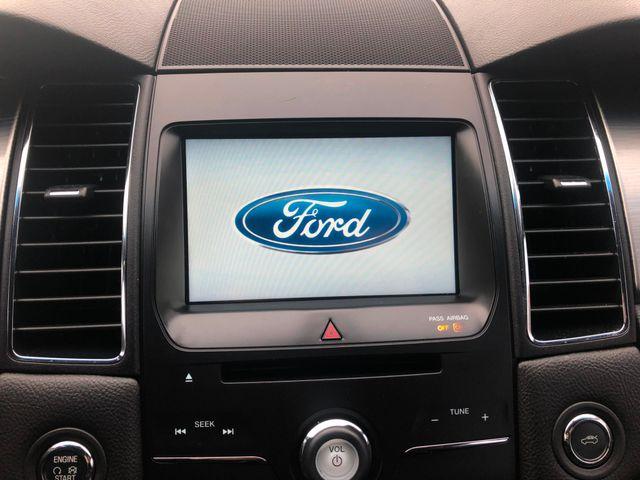 2015 Ford Taurus SEL Maple Grove, Minnesota 22