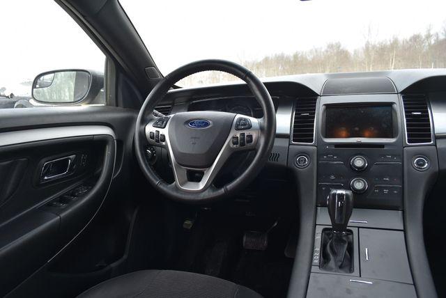 2015 Ford Taurus SEL Naugatuck, Connecticut 11