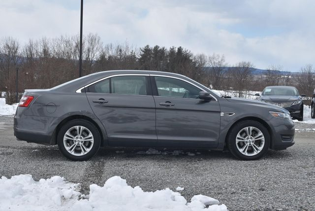 2015 Ford Taurus SEL Naugatuck, Connecticut 5