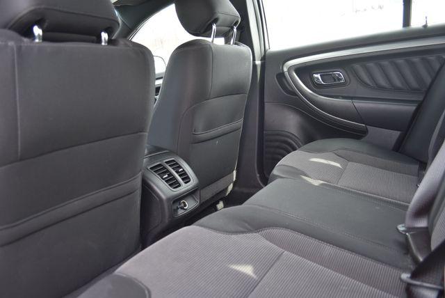 2015 Ford Taurus SEL Naugatuck, Connecticut 9