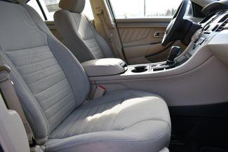 2015 Ford Taurus SE Naugatuck, Connecticut 10